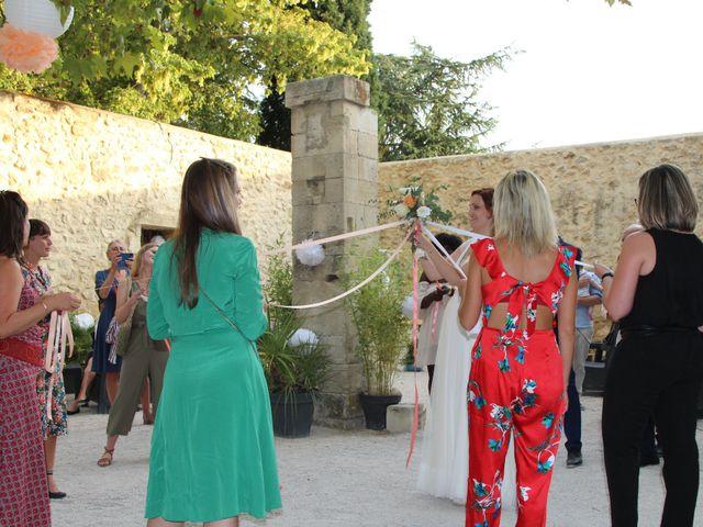 Le mariage de Emmy et Camille à Lirac, Gard 6