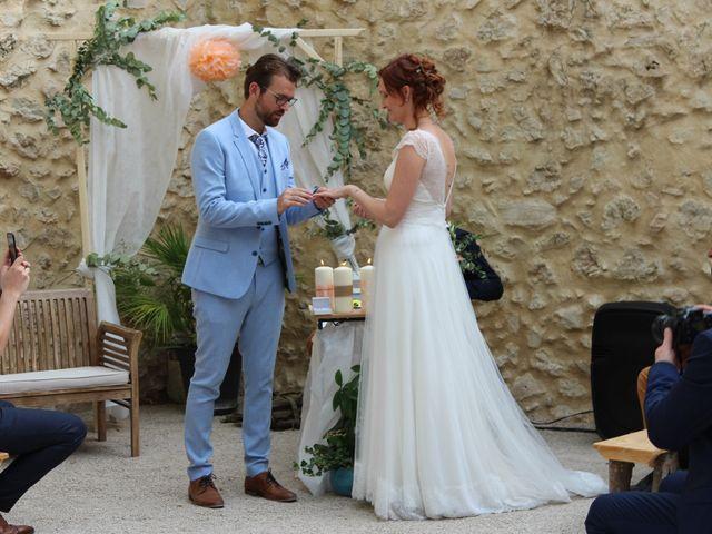Le mariage de Emmy et Camille à Lirac, Gard 7