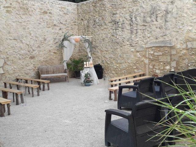 Le mariage de Emmy et Camille à Lirac, Gard 11
