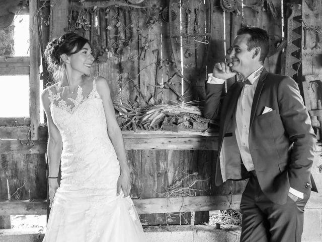 Le mariage de Cyril et Marine à Fontaines-d'Ozillac, Charente Maritime 35