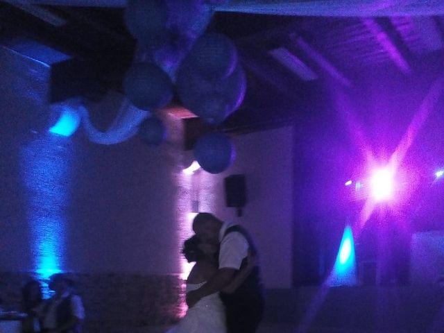 Le mariage de Laurent et Laetitia à Sallèles-d'Aude, Aude 6