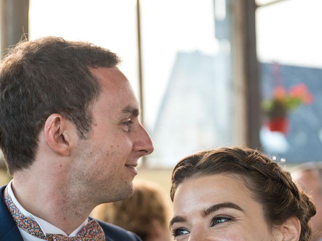 Le mariage de Vincent et Laura à Paris, Paris 85
