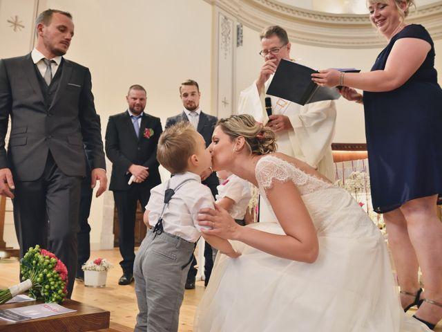 Le mariage de Sylvain et Coralie à Vailly, Haute-Savoie 26