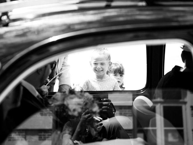 Le mariage de Adrien et Sabrina à Savigny-le-Temple, Seine-et-Marne 17