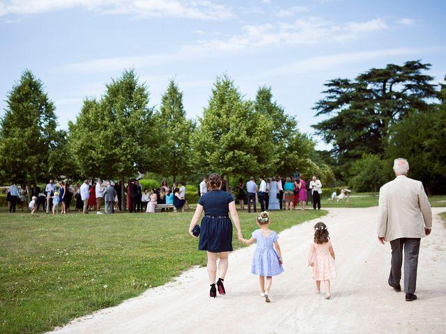 Le mariage de Adrien et Sabrina à Savigny-le-Temple, Seine-et-Marne 18