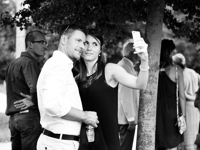 Le mariage de Adrien et Sabrina à Savigny-le-Temple, Seine-et-Marne 20