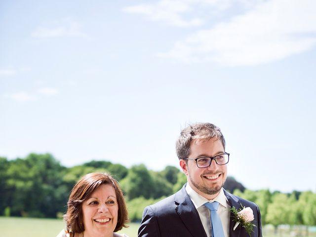 Le mariage de Adrien et Sabrina à Savigny-le-Temple, Seine-et-Marne 32