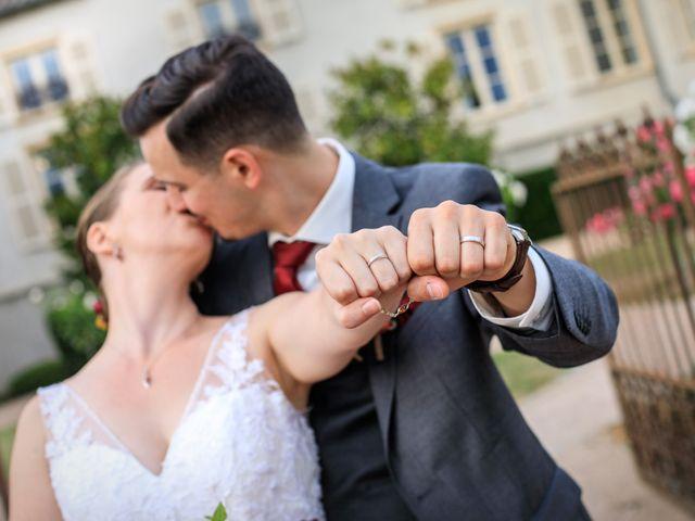 Le mariage de Fabien et Lauriane à La Chapelle-de-Guinchay, Saône et Loire 33