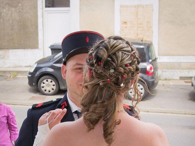 Le mariage de Damien et Cécilia à Stenay, Meuse 14