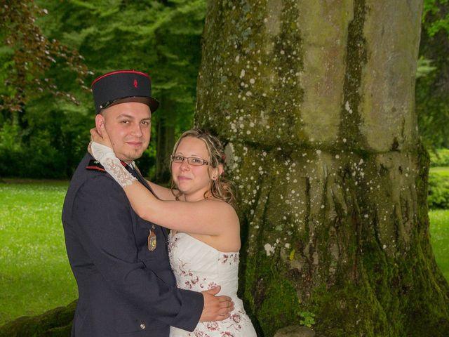 Le mariage de Damien et Cécilia à Stenay, Meuse 17