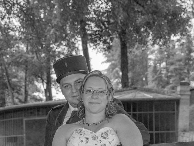 Le mariage de Damien et Cécilia à Stenay, Meuse 18