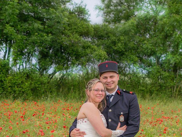 Le mariage de Damien et Cécilia à Stenay, Meuse 20