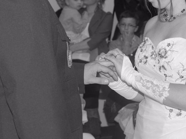 Le mariage de Damien et Cécilia à Stenay, Meuse 24