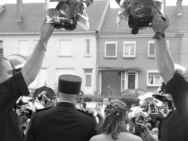Le mariage de Damien et Cécilia à Stenay, Meuse 27