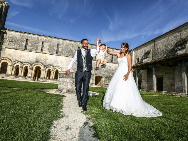 Le mariage de Vivien et Madeline à Geay, Charente Maritime 15