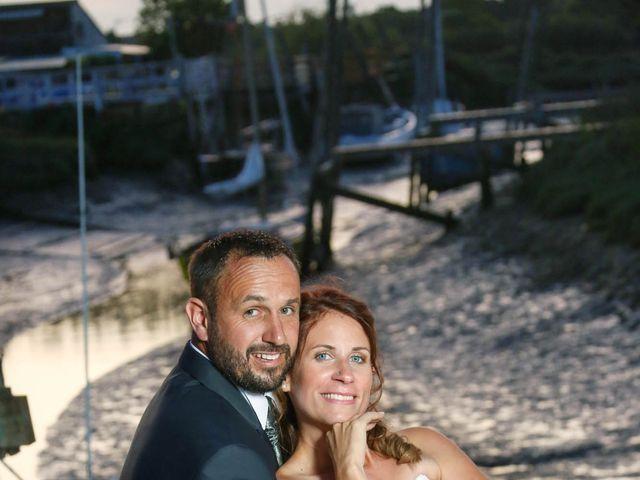 Le mariage de Vivien et Madeline à Geay, Charente Maritime 25