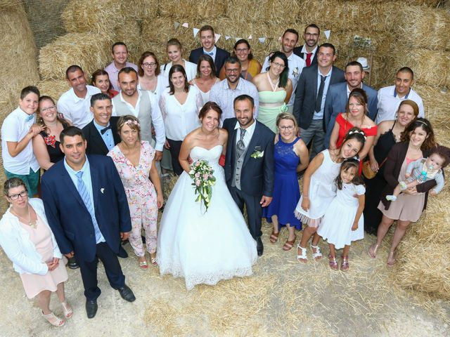 Le mariage de Vivien et Madeline à Geay, Charente Maritime 60