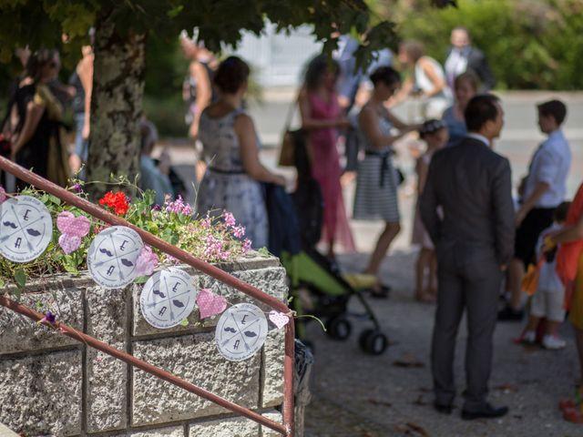 Le mariage de Alexandre et Elodie à Berneuil, Charente Maritime 2