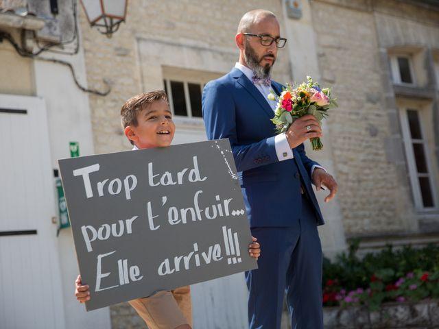 Le mariage de Alexandre et Elodie à Berneuil, Charente Maritime 5