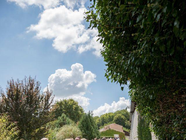 Le mariage de Alexandre et Elodie à Berneuil, Charente Maritime 10