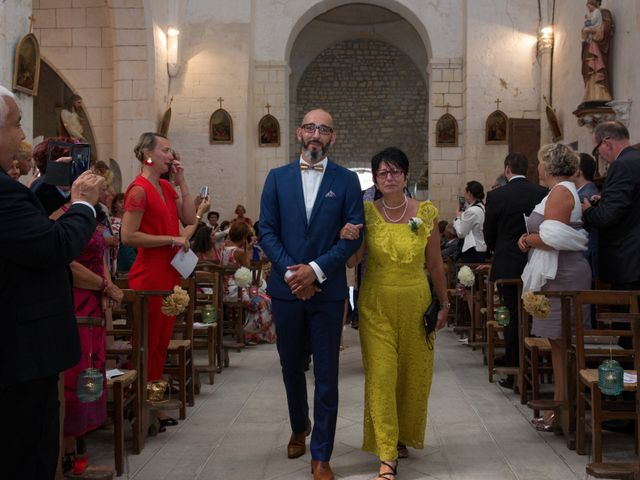 Le mariage de Alexandre et Elodie à Berneuil, Charente Maritime 14