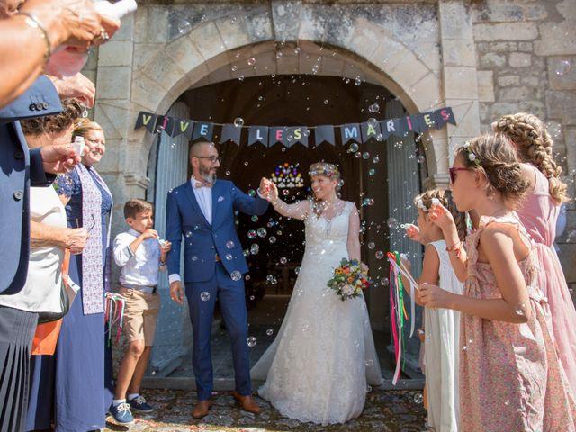 Le mariage de Alexandre et Elodie à Berneuil, Charente Maritime 18