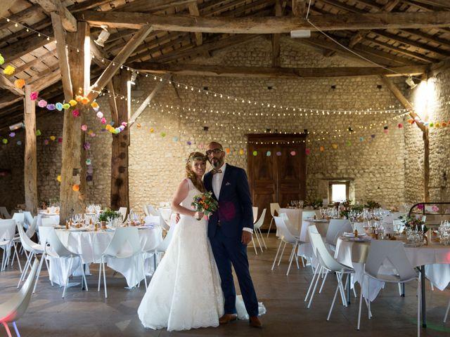 Le mariage de Alexandre et Elodie à Berneuil, Charente Maritime 19