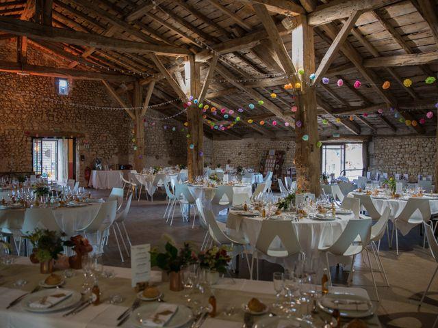 Le mariage de Alexandre et Elodie à Berneuil, Charente Maritime 27