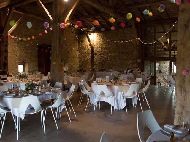Le mariage de Alexandre et Elodie à Berneuil, Charente Maritime 30