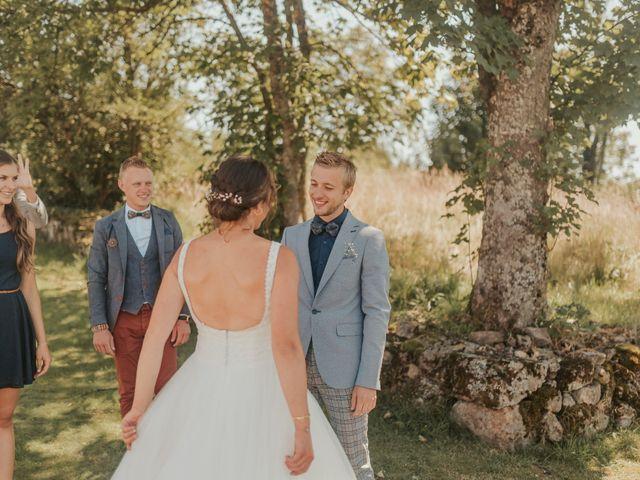 Le mariage de Calvin et Camille à Beauzac, Haute-Loire 12