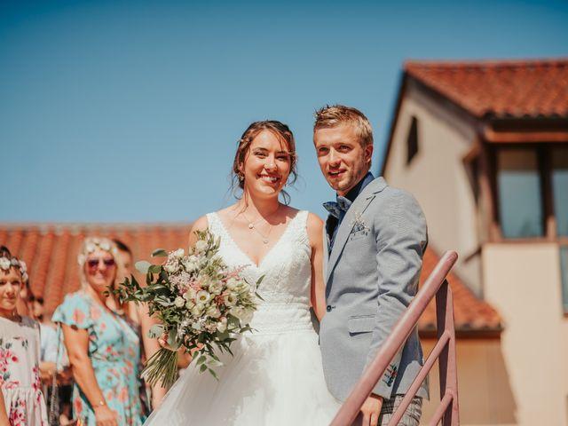 Le mariage de Calvin et Camille à Beauzac, Haute-Loire 22