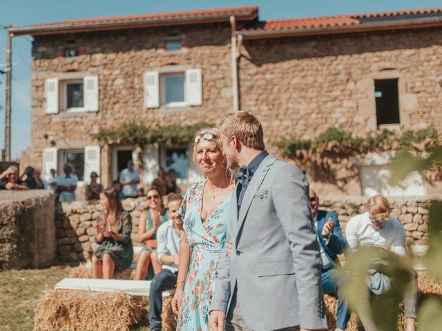 Le mariage de Calvin et Camille à Beauzac, Haute-Loire 34