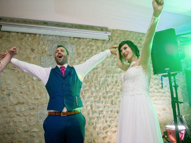Le mariage de Thibault et Julie à Forcalquier, Alpes-de-Haute-Provence 171