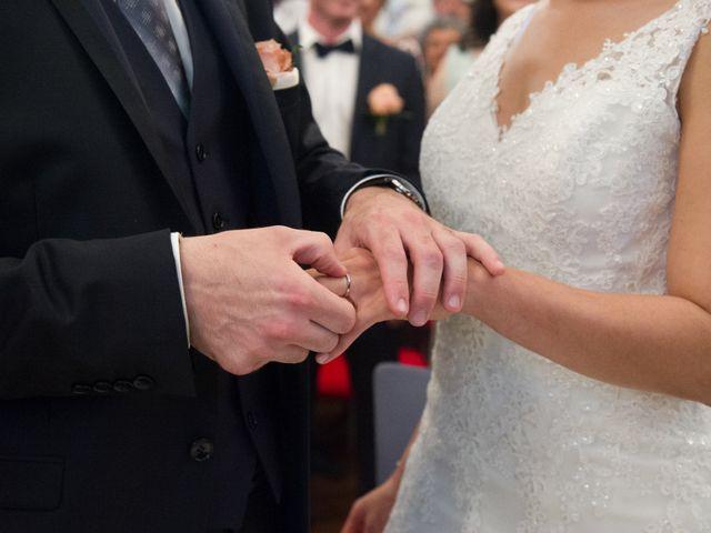 Le mariage de Vincent et Nassira à Vouillé, Deux-Sèvres 25