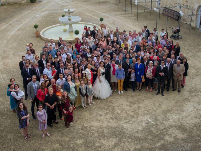 Le mariage de Vincent et Nassira à Vouillé, Deux-Sèvres 40