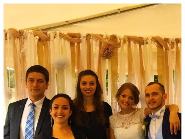 Le mariage de Simon et Olivia à Val-de-Reuil, Eure 4