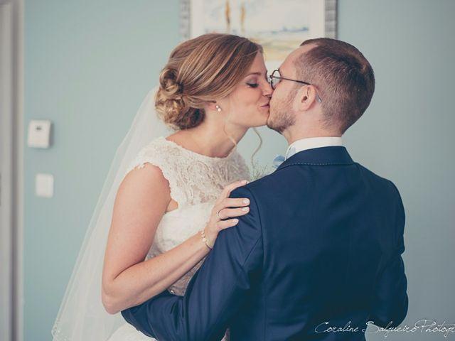 Le mariage de Simon et Olivia à Val-de-Reuil, Eure 11