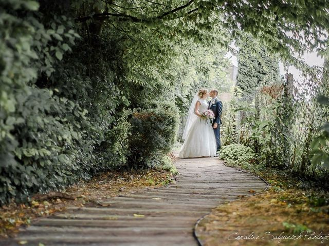 Le mariage de Simon et Olivia à Val-de-Reuil, Eure 14