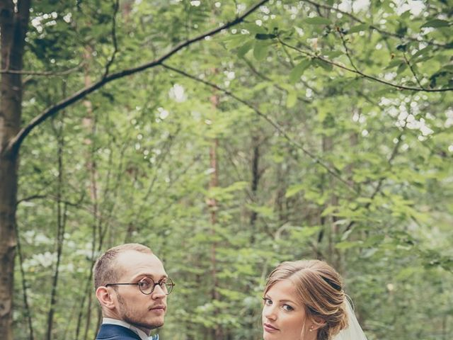 Le mariage de Simon et Olivia à Val-de-Reuil, Eure 25