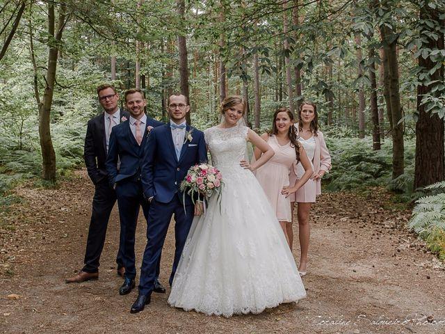 Le mariage de Simon et Olivia à Val-de-Reuil, Eure 30