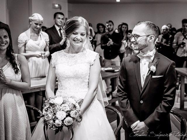 Le mariage de Simon et Olivia à Val-de-Reuil, Eure 38