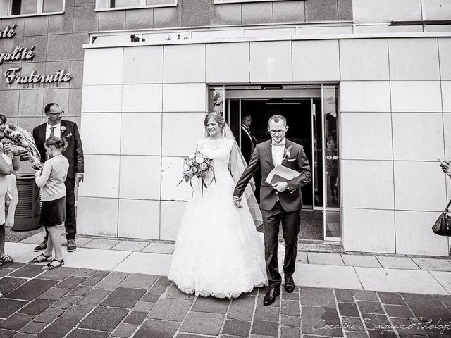 Le mariage de Simon et Olivia à Val-de-Reuil, Eure 42