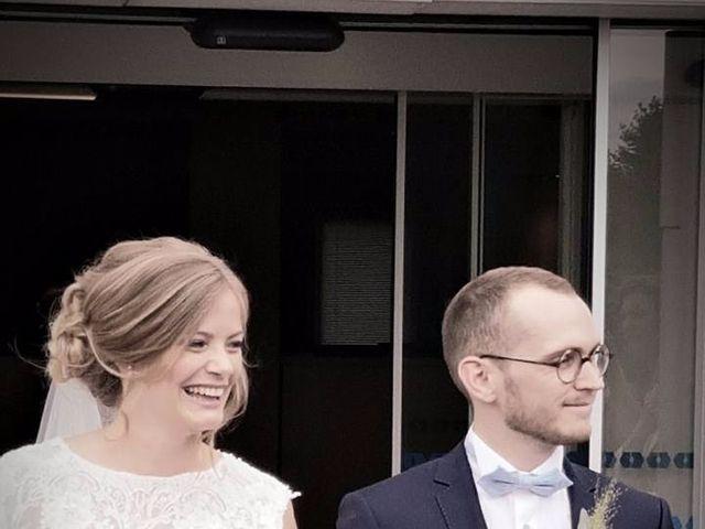 Le mariage de Simon et Olivia à Val-de-Reuil, Eure 78