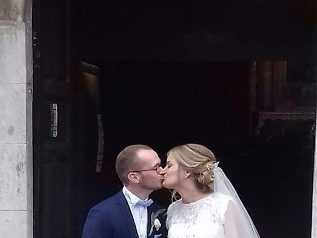 Le mariage de Simon et Olivia à Val-de-Reuil, Eure 85