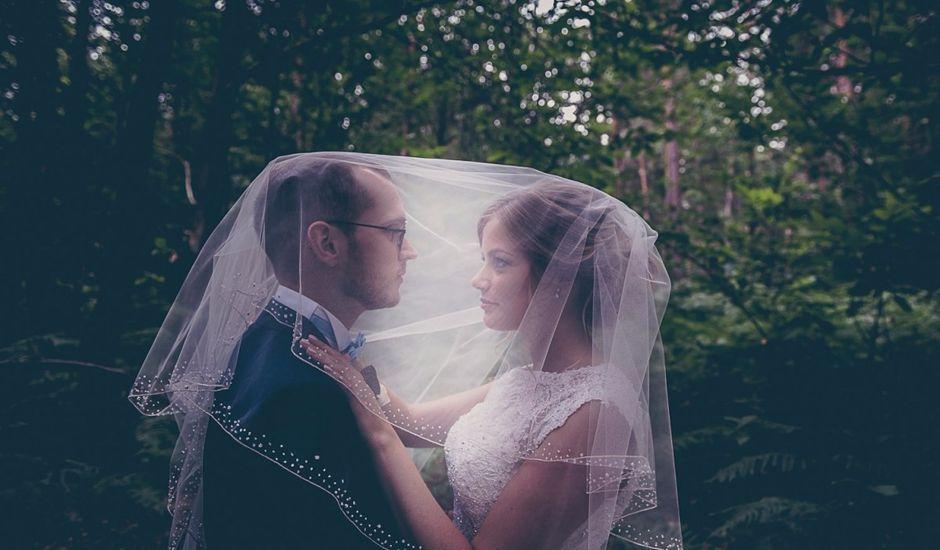 Le mariage de Simon et Olivia à Val-de-Reuil, Eure