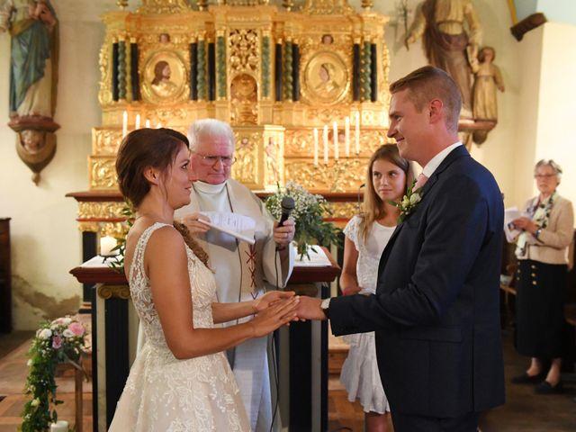 Le mariage de Ewen et Marine à Ploubazlanec, Côtes d'Armor 22