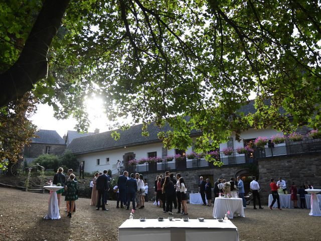 Le mariage de Ewen et Marine à Ploubazlanec, Côtes d'Armor 36