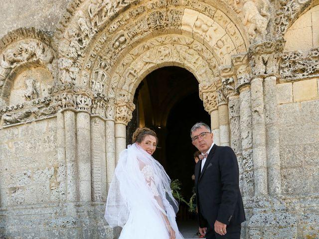 Le mariage de Thibaut et Mathilde à Vaux-sur-Mer, Charente Maritime 18