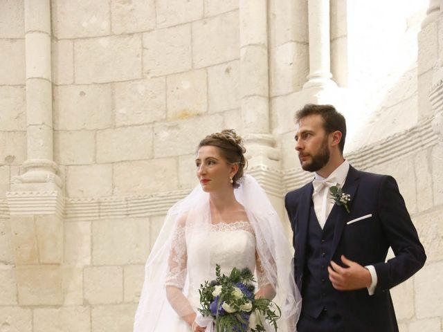 Le mariage de Thibaut et Mathilde à Vaux-sur-Mer, Charente Maritime 23