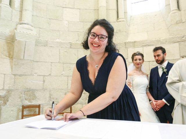 Le mariage de Thibaut et Mathilde à Vaux-sur-Mer, Charente Maritime 32